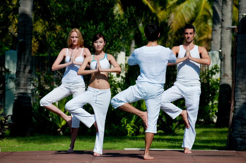 Como fazer Yoga yoga em grupo aulas de yoga