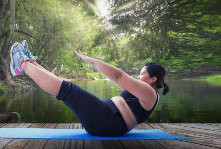 yoga-emagrece-yoga-para-emagrecer-exercicios-de-yoga-para-emagrecer-rapido-03